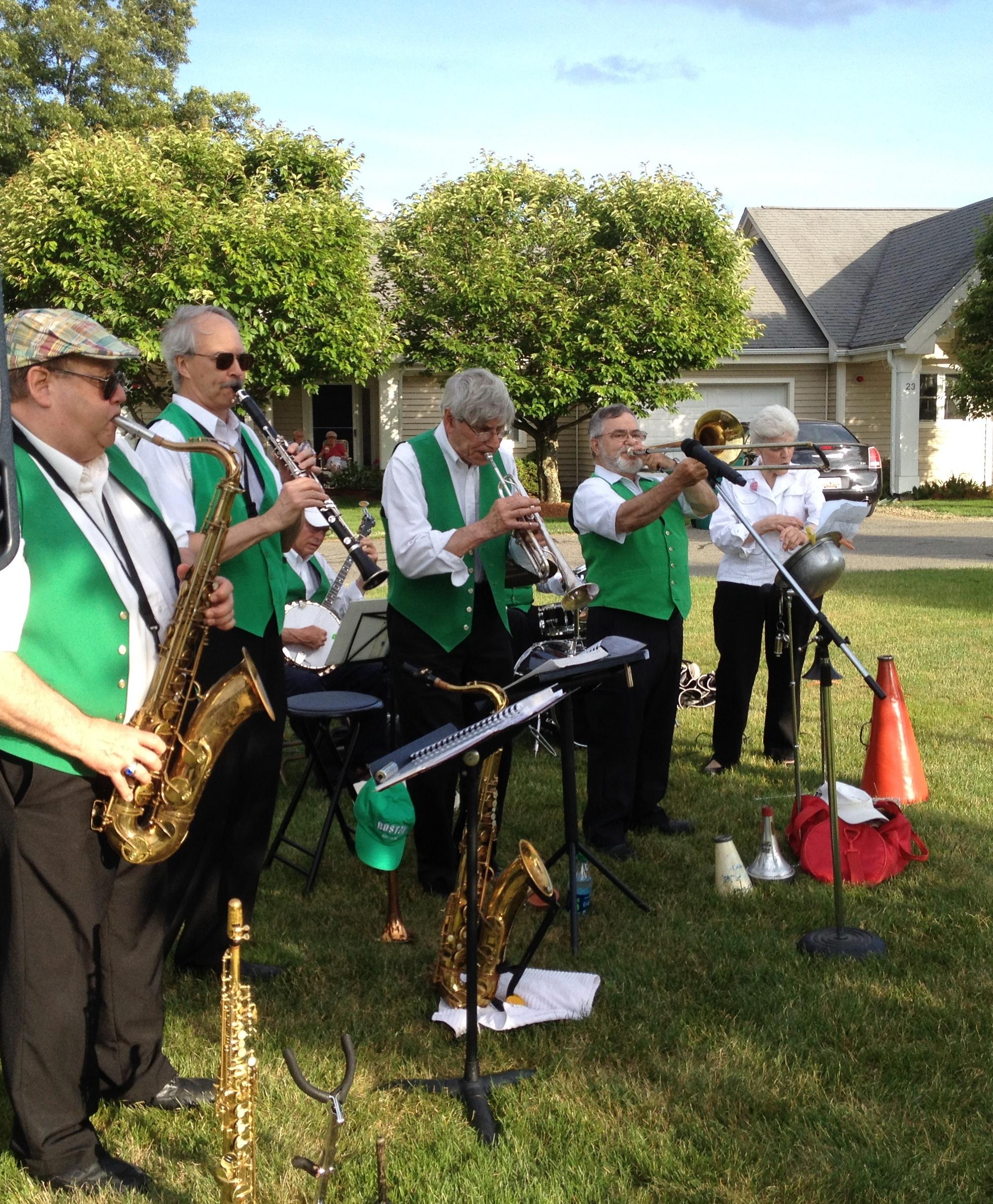 ex plosive sax meet trumpet voluntary